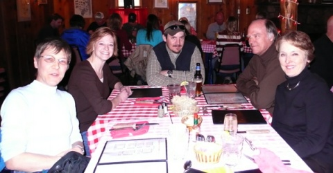 Dinner at Texas Red\'s in Eagle Nest, NM: Karen, Dani, Gunner, Ralph, Ginger