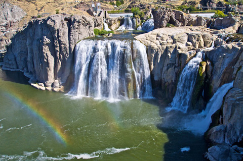 Close Up of Shoshone Falls