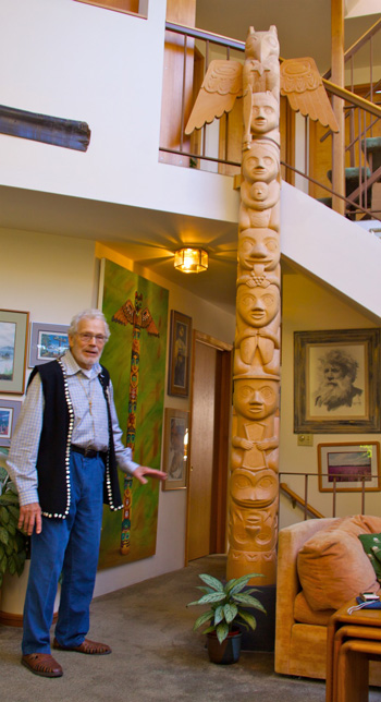 David Fison and the Christmas Totem Pole That He Carved