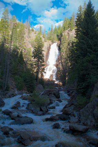 Looking up at Fish Creek Falls