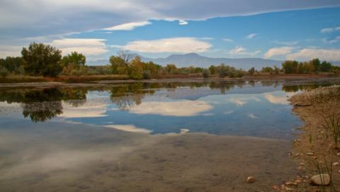Panorama of One of the Sawhill Ponds (Canon 7D with 18-200mm lens at 18mm, f/16, 1/180, ISO 400)